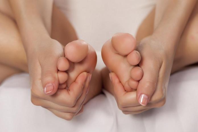 cliomakeup-unghie-piedi-6