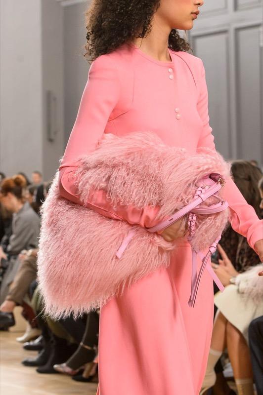 ClioMakeUp-borse-autunno-fashion-look-glamour-tendenze-moda-2017-17