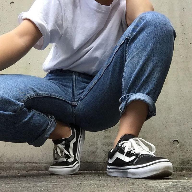 Scarpe Vans: la storia e tanti outfit super-cool per abbinare il ...