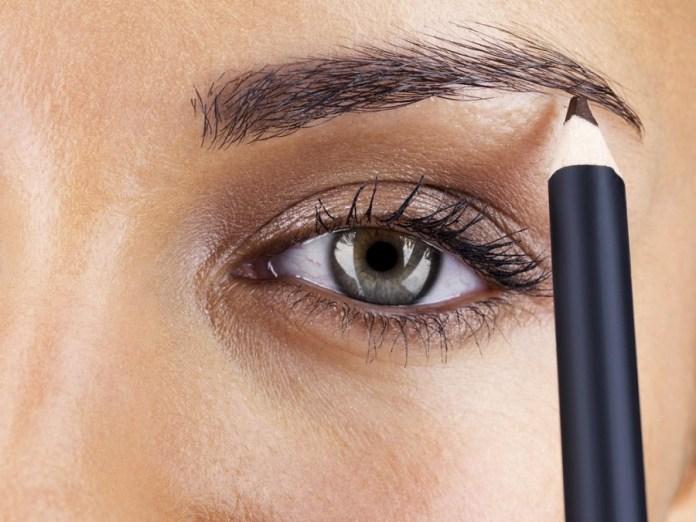 cliomakeup-come-truccare-sopracciglia-forma-occhio