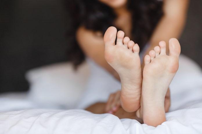 cliomakeup-richiamo-erotico-piedi-1-copertina