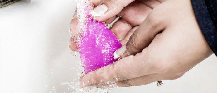 cliomakeup-guida-uso-coppetta-mestruale-5-pulizia