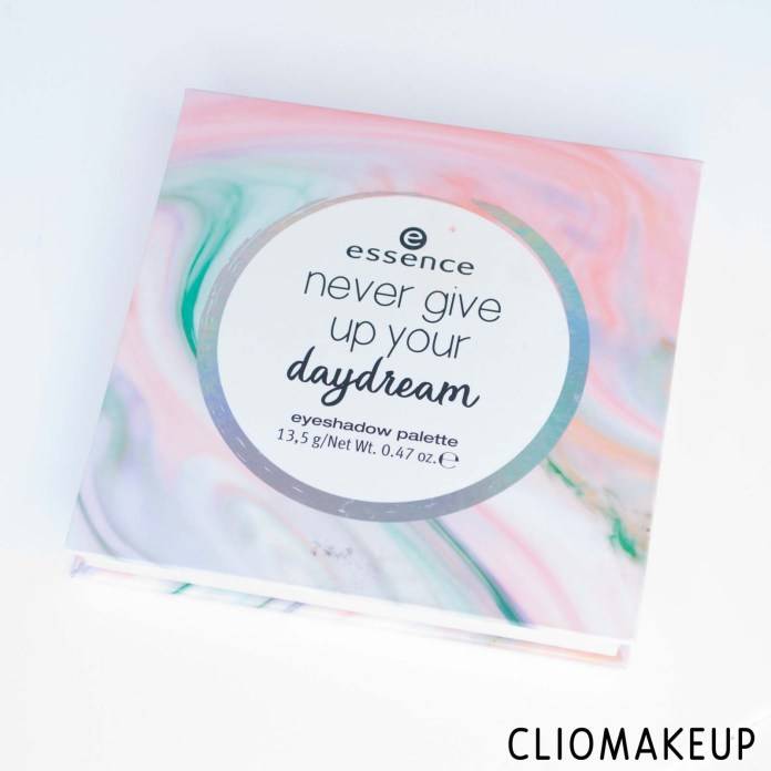 cliomakeup-recensione-palette-essence-never-give-up-your-daydream-eyeshadow-palette-2