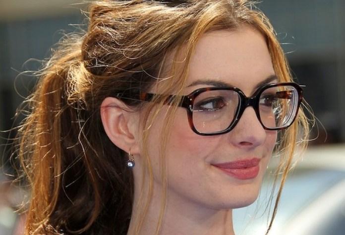 cliomakeup-trucco-occhiali-10-anne-hathaway