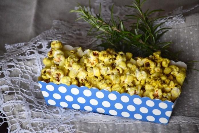 cliomakeup-snack-100-kcal-pop-corn-aromatici-11