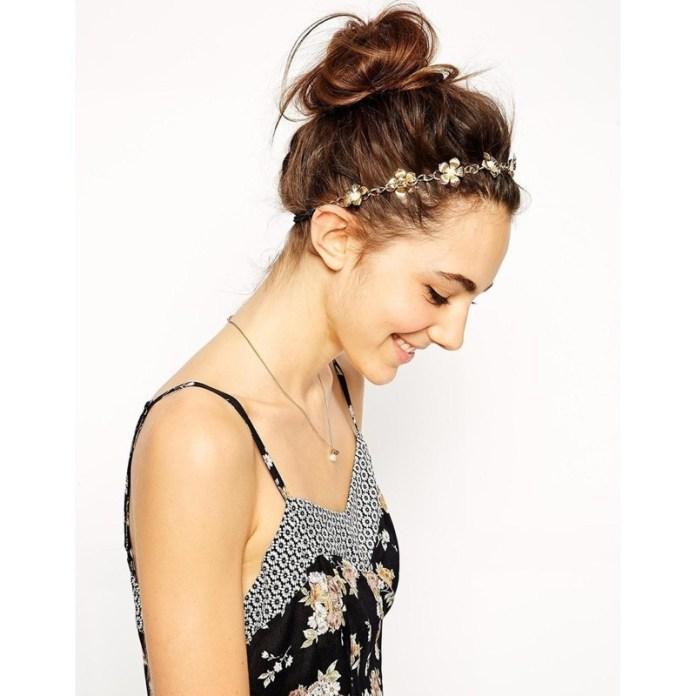 ClioMakeUp-accessori-capelli-capodanno-3-fascia-corona-floreale.jpg
