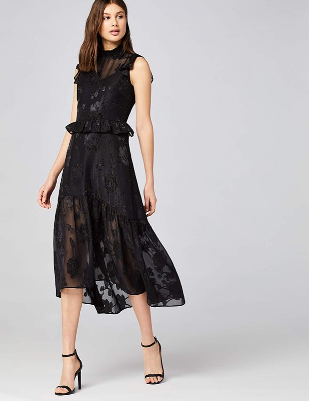 ClioMakeUp-outfit-san-valentino-9-vestito-midi-truuth-and-fable.jpg