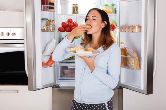 cliomakeup-miti-alimentazione-gravidanza-12-voglie-gravidanza