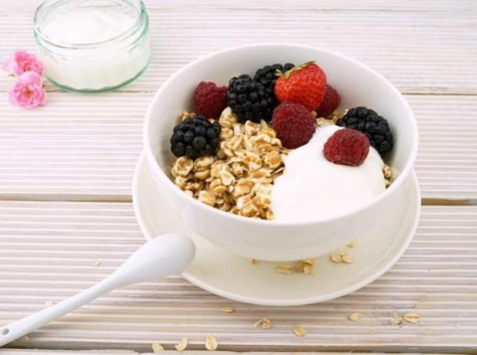 cliomakeup-dieta-per-ingrassare-14-yogurt-greco