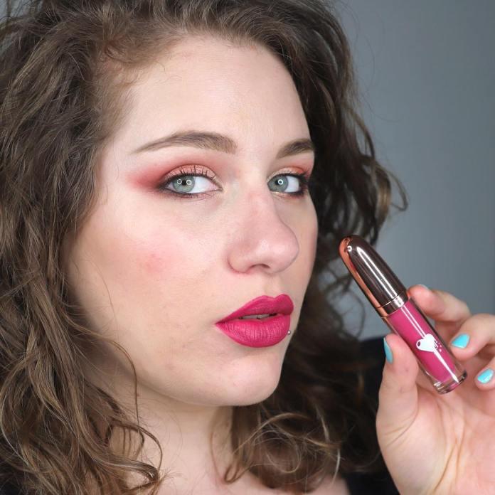 ClioMakeUp-rossetto-liquido-instacrush-liquidlove-11-silvia-makeup-intero