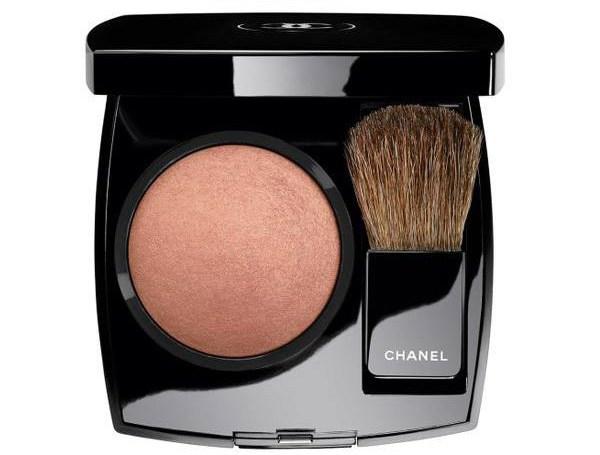 cliomakeup-collezioni-makeup-primavera-2017-8-chanel-blush