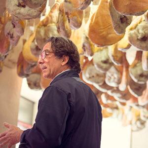 Artisan Atelier Pierre Ibaïalde, conservateur français