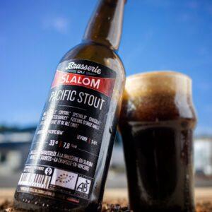 Bière Pacific Stout Brasserie du Slalom, fabriquée en France à Chapelle-en-Vercors en Auvergne-Rhône-Alpes