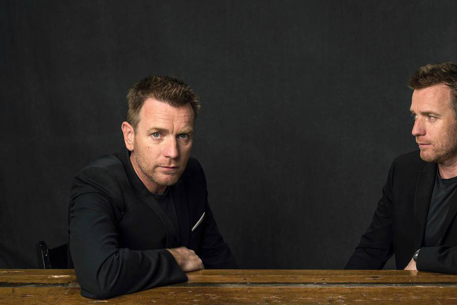 Celebs Reveal Two Sides of Their Personas in Intimate Portraits - 597094