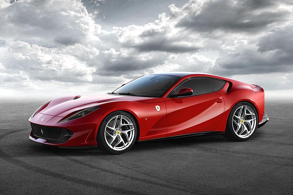 Ferrari 812 Superfast - 621134