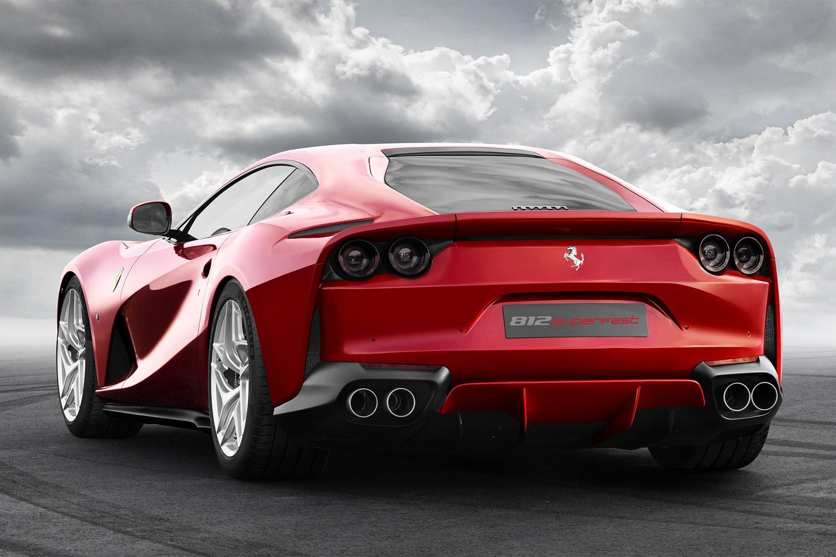 Ferrari 812 Superfast - 621126