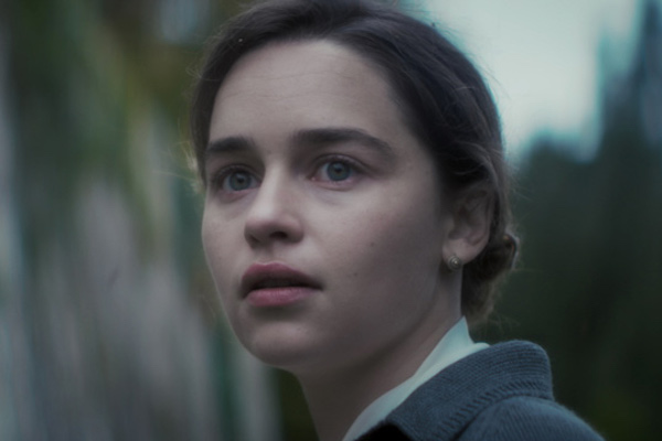 「龙母」Emilia Clarke 主演《Voice from the Stone》官方預告片