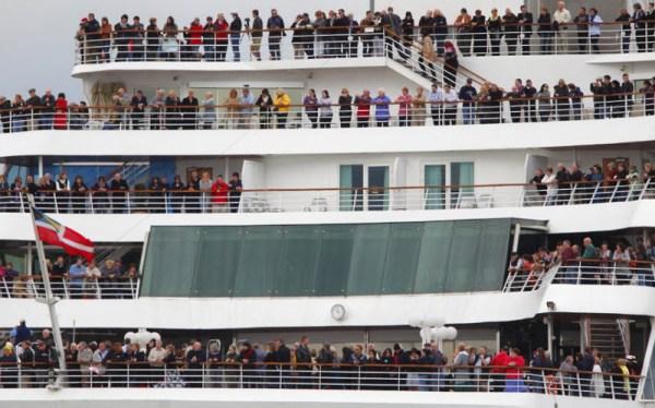 Мемориальный круиз в память о «Титанике» (16 фото) » Невседома