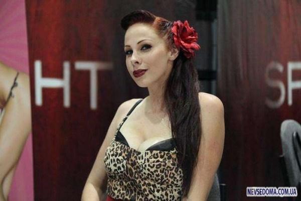 Gianna Michaels Видео - discontshina