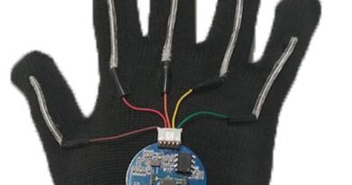 This Glove Can Translate Sign Language Into English