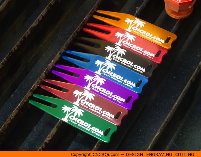 golf-divot-marker-1 Custom Golf Branding Solutions: Pitch Markers and Divot Repair Tools
