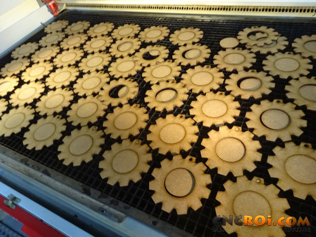 custom-wooden-gears-1 Hundreds of Custom Wooden Gears
