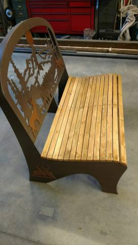 wiliams wildlife steel bench 1