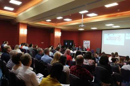 Continuam sprijinirea activitatii antreprenoriale prin sustinerea infiintarii a 75 de firme in regiunea Nord-Est