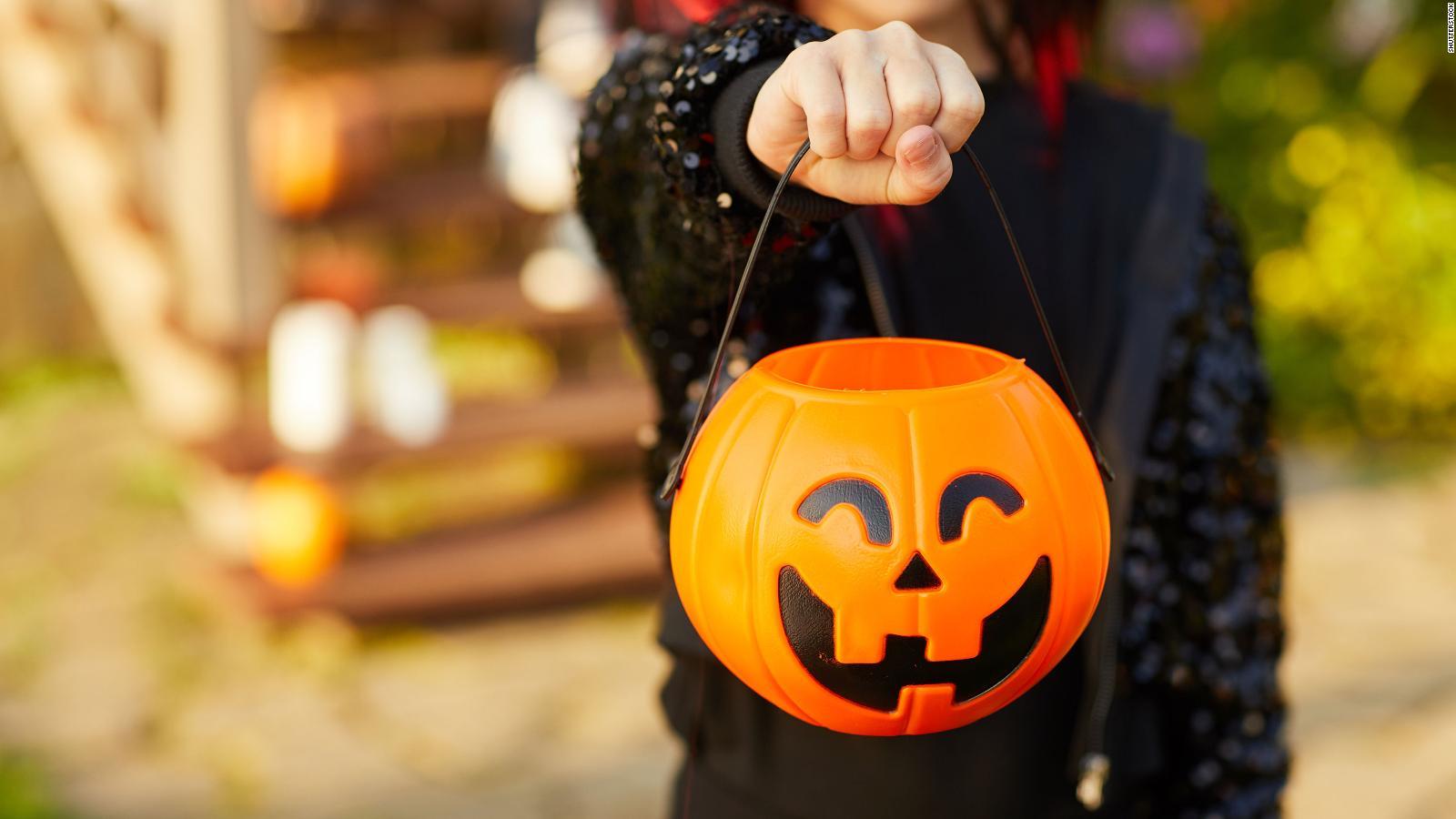 Halloween en pandemia: lo que se puede y lo que no se puede hacer, según los CDC