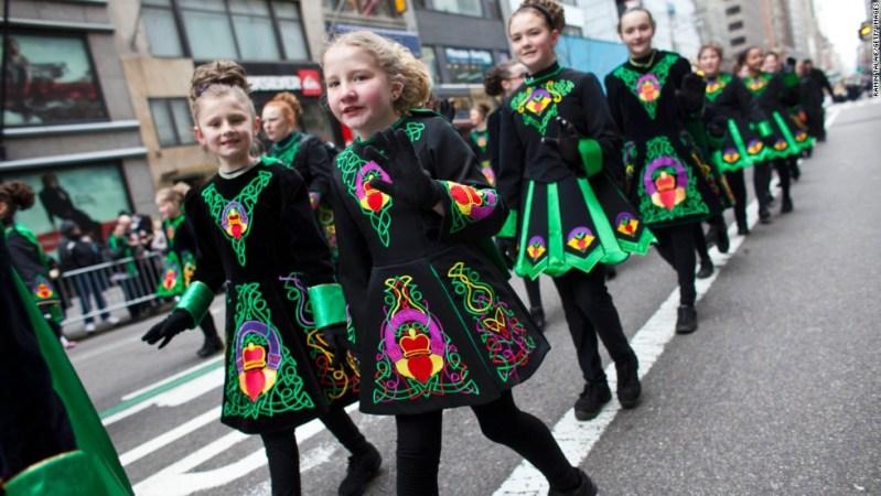 St. Patrick's Day Día de San Patricio