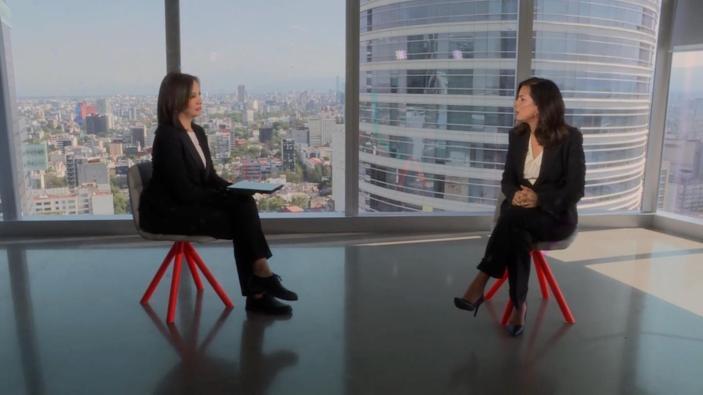 Mónica Aspe, CEO de AT&T México, conversa con CNN