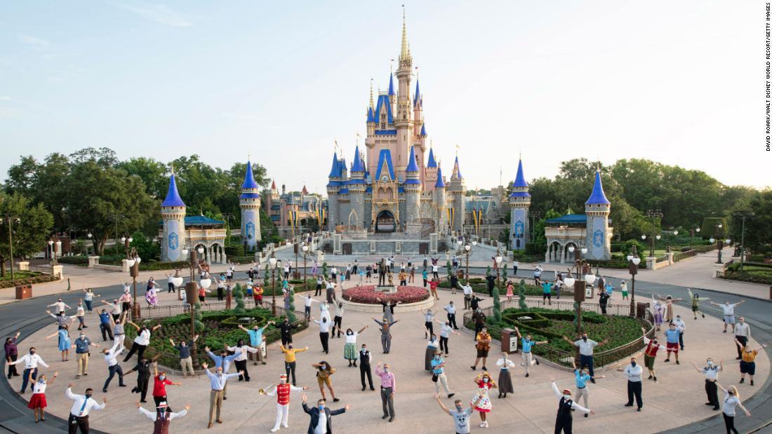 Disney World ya no tomará la temperatura de sus visitantes y colaboradores
