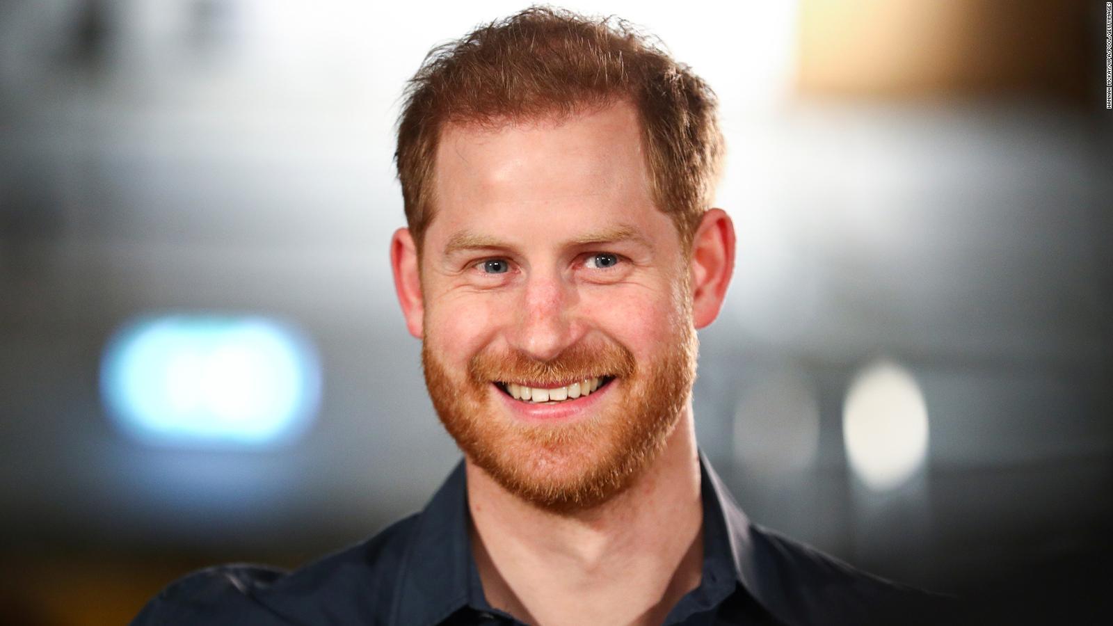 Así felicita la familia real británica al príncipe Harry en su cumpleaños | Video