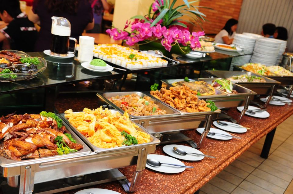 11 eat-all-you-can buffets for less than 500 pesos