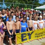 Swimmers dive into first meet of 2016