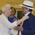 Governor meets Pines residents