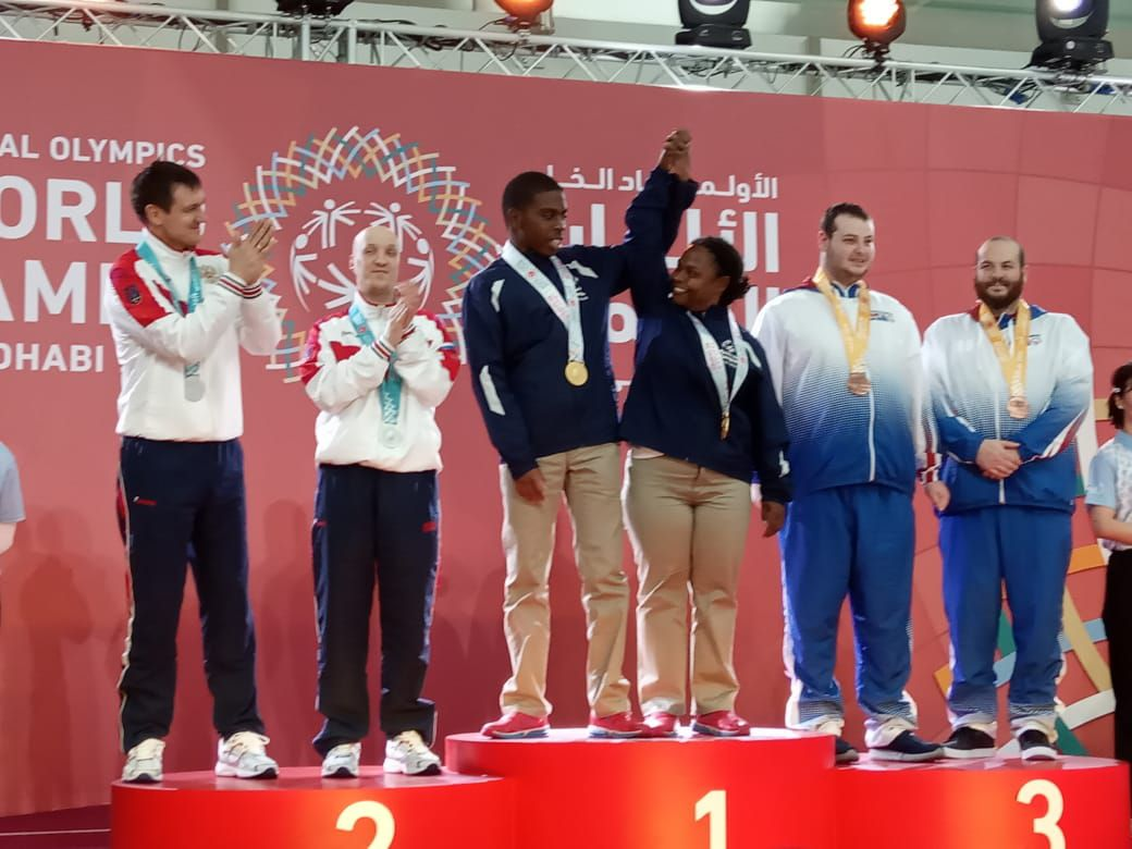 Khalid Arana and Nadesha Kelly celebrate their gold in bocce (CLICK TO ENLARGE)
