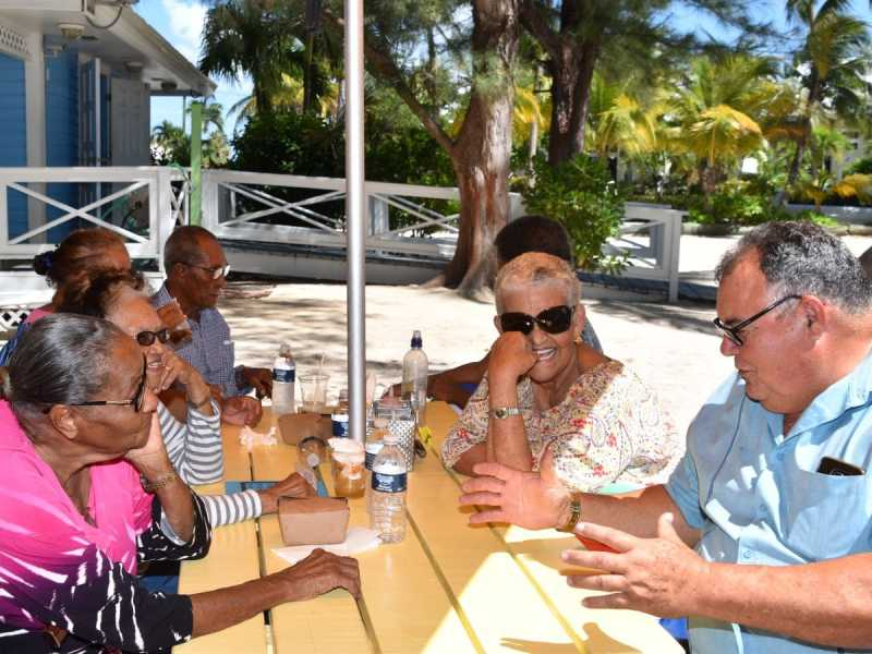 Ezzard Miller Hosts Easter Outing For Seniors Cns Local Life