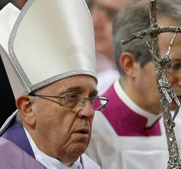 Pope Francis arrives to celebrate Ash Wednesday Mass at the Basilica of Santa Sabina in Rome Feb. 18. In a new booklet the pope the pope lists questions to reflect on before confession. (CNS/Paul Haring)