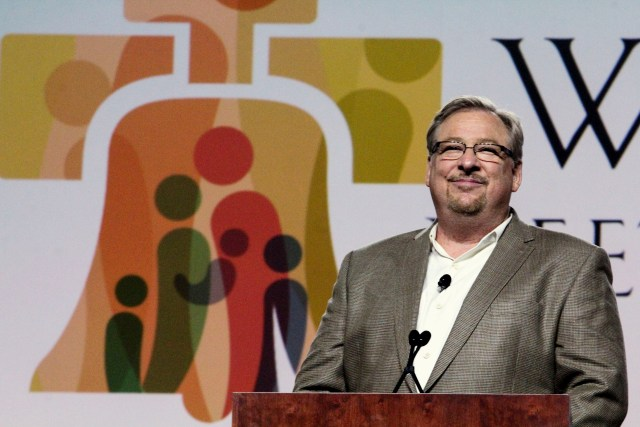 Joy-filled families are based on the love of God, Rev. Rick Warren, pastor of the California-based evangelical Saddleback Church, said in a keynote address to the World Meeting of Families 2015 in Philadelphia Sept. 25. He appeared with Cardinal Sean O'Malley of Boston. (CNS/Sarah Webb)