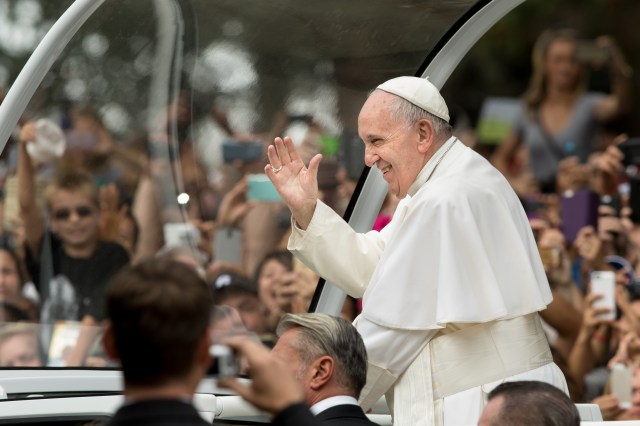Pope Francis waves to the crowd as he arrives for the final Mass for the World Meeting of Families in Philadelphia Sept. 27. (CNS/Lisa Johnston, St. Louis Review)