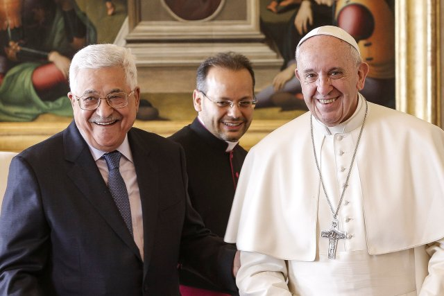 Pope Francis is pictured with Palestinian President Mahmoud Abbas during a meeting at the Vatican Jan. 14. (CNS/Reuters pool)