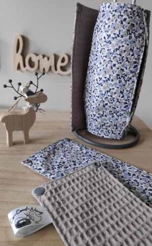 Rouleau essuie-tout lavables à motifs fleurs bleues