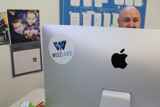 Weez Logo