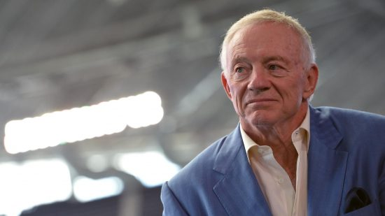 jerry jones dallas marketer