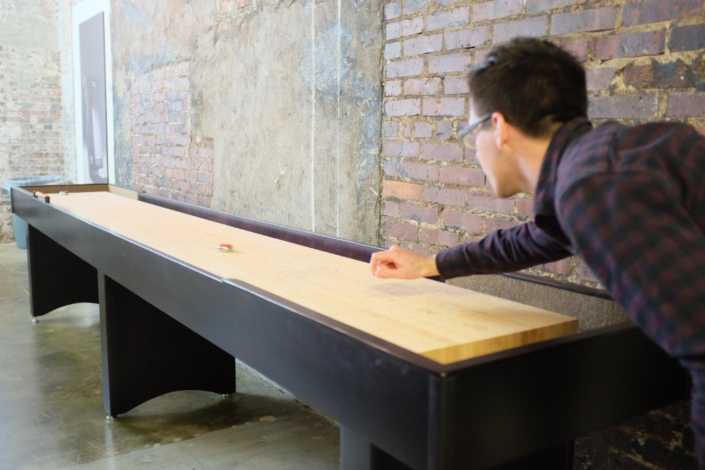 Making shuffleboard hip