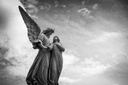 L'amour vrai est divin et angélique
