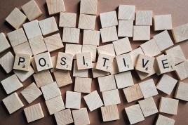 Être positif, une obligation du positivisme