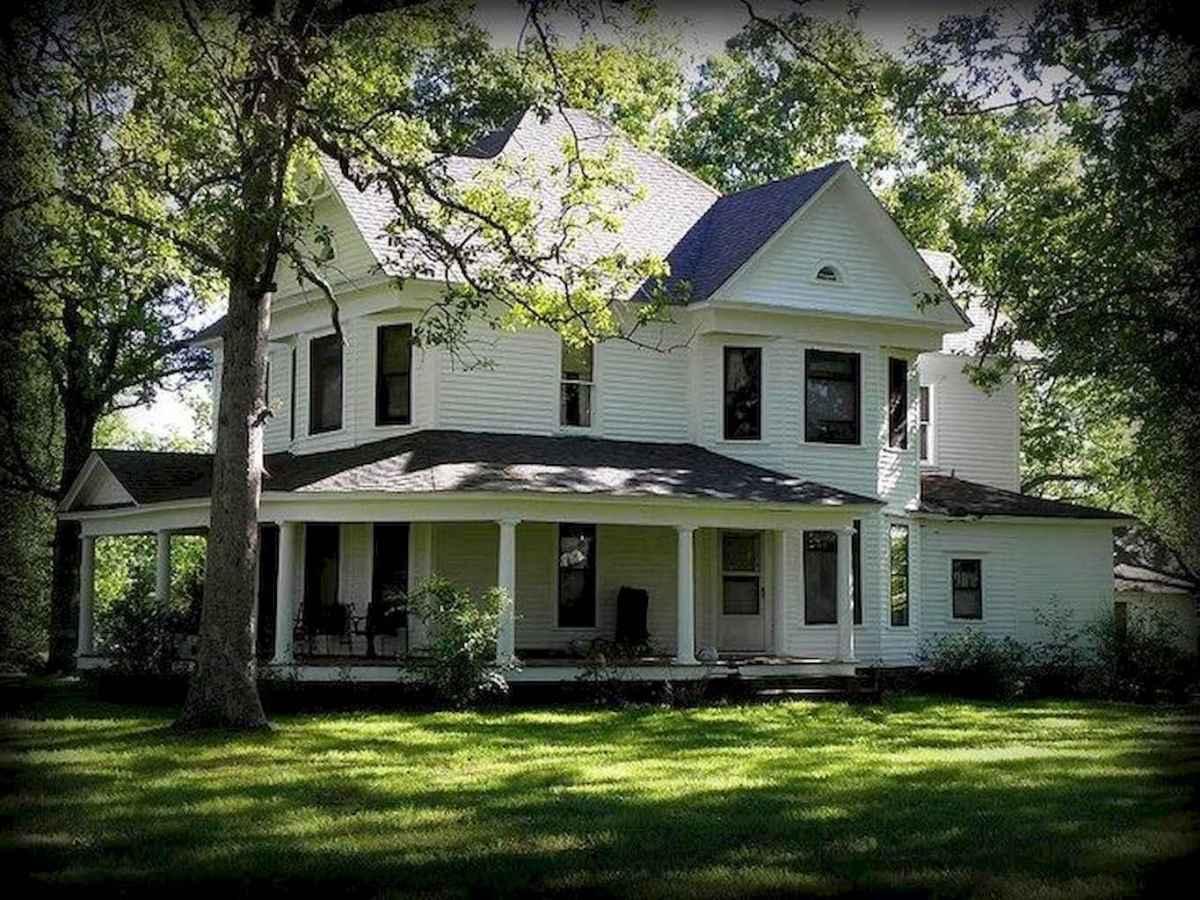 130 Stunning Farmhouse Exterior Design Ideas (114)