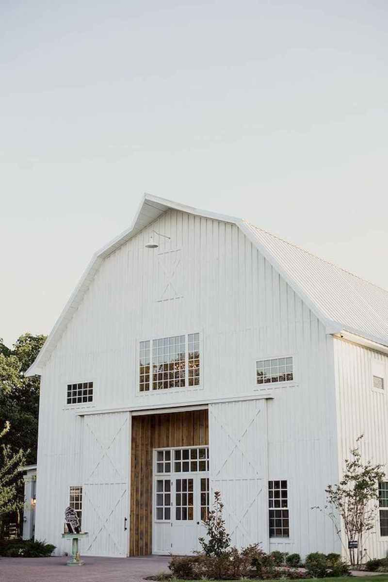 130 Stunning Farmhouse Exterior Design Ideas (127)